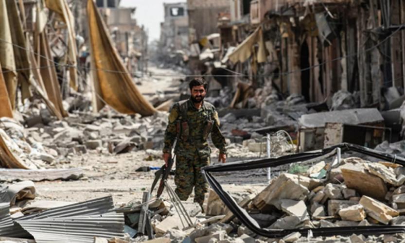 Anh: SDF don suc diet sach phien quan IS o Raqqa