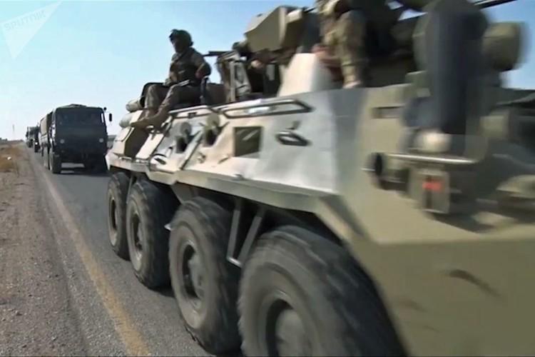 Can canh cong binh Nga ra pha bom min o Deir Ezzor-Hinh-10