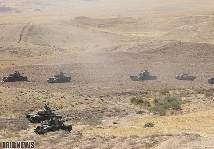 Anh: Iraq-Iran ram ro tap tran quan su chung-Hinh-4