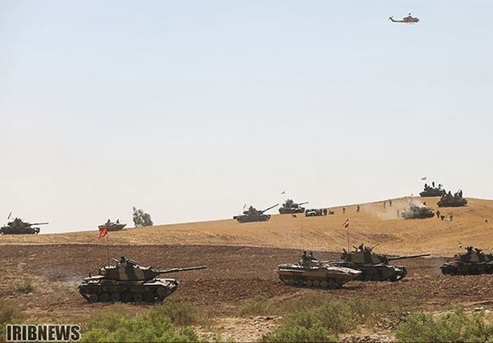 Anh: Iraq-Iran ram ro tap tran quan su chung-Hinh-5