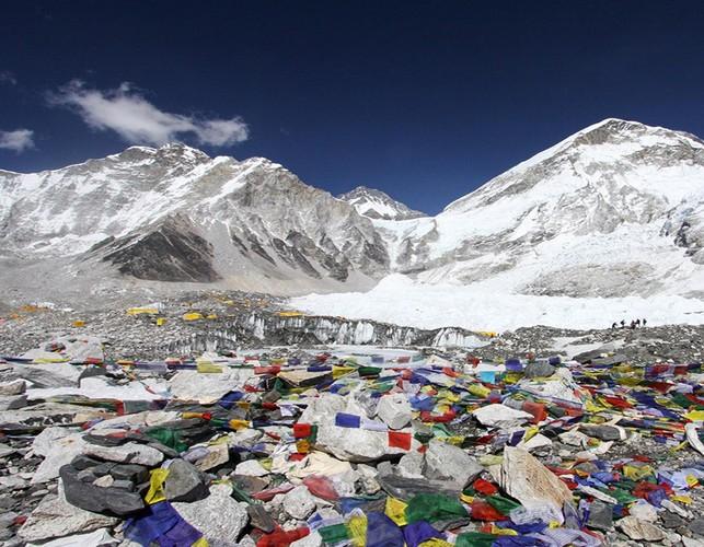 Su that gay soc ve hanh trinh chinh phuc dinh Everest-Hinh-10