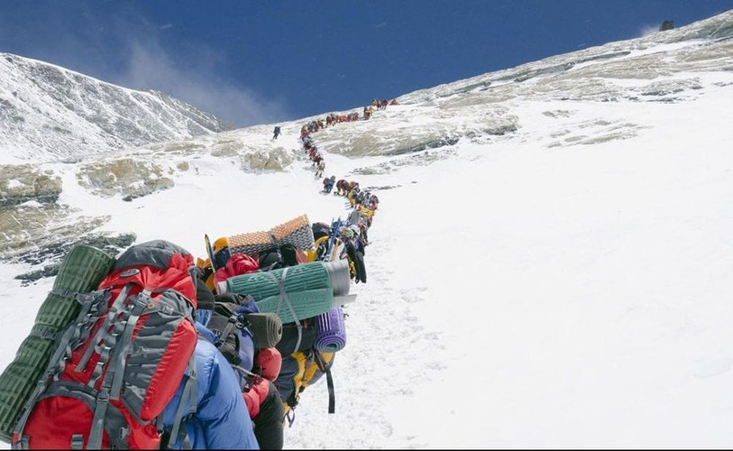 Su that gay soc ve hanh trinh chinh phuc dinh Everest-Hinh-9