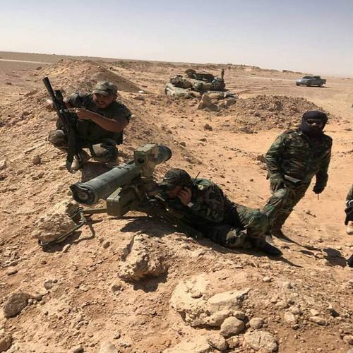 Anh: Quan doi Syria tai chiem nhieu khu vuc phia dong Sukhnah-Hinh-5