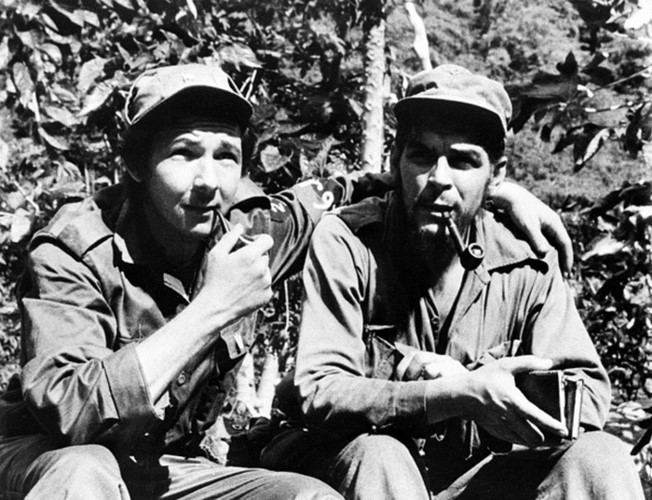 "Hinh anh bat tu ve ""nghe si chien tranh du kich"" Che Guevara-Hinh-3"