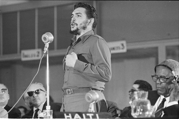 "Hinh anh bat tu ve ""nghe si chien tranh du kich"" Che Guevara-Hinh-7"