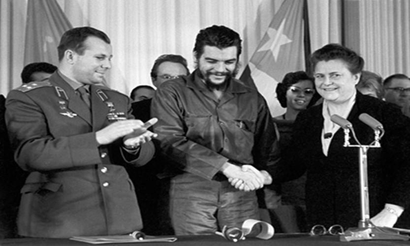 "Hinh anh bat tu ve ""nghe si chien tranh du kich"" Che Guevara-Hinh-8"