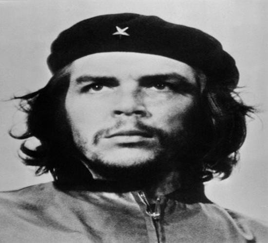 "Hinh anh bat tu ve ""nghe si chien tranh du kich"" Che Guevara"