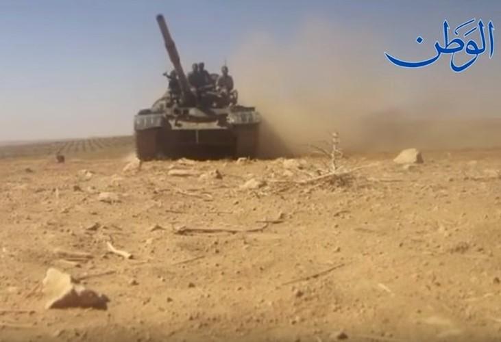 Anh: Quan doi Syria o at tan cong thanh pho Mayadin-Hinh-5