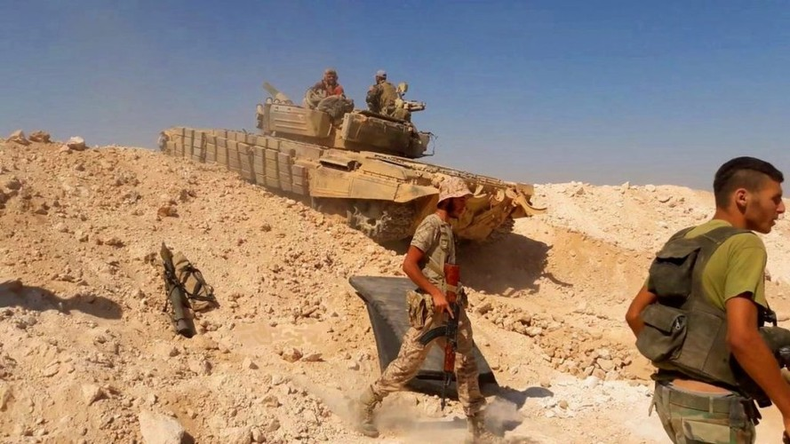 Anh: Quan doi Syria o at tan cong thanh pho Mayadin