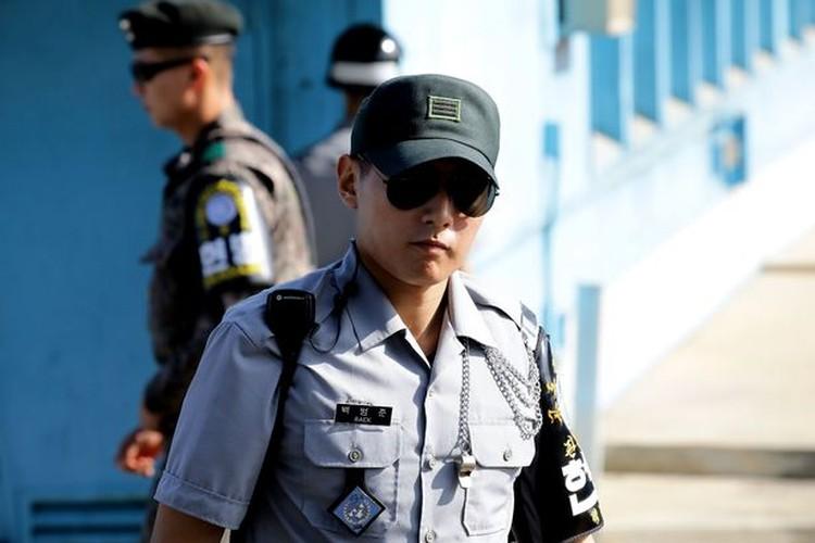 Anh: Khu phi quan su lien Trieu truoc chuyen tham cua ong Trump-Hinh-4