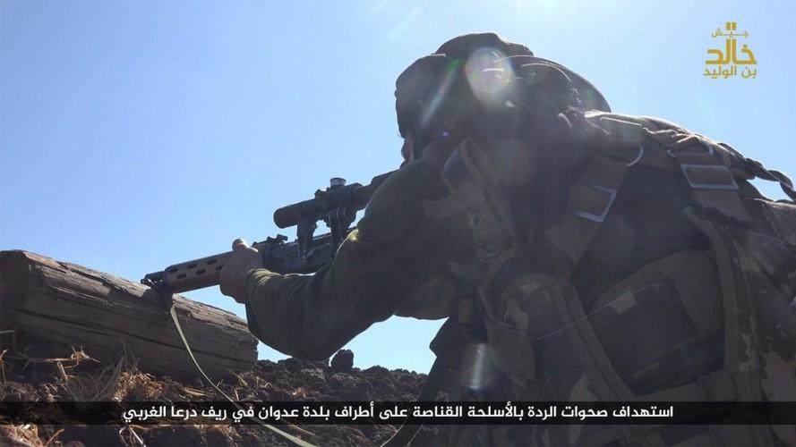 Anh: Phien quan IS danh nhau voi FSA o Cao nguyen Golan-Hinh-6