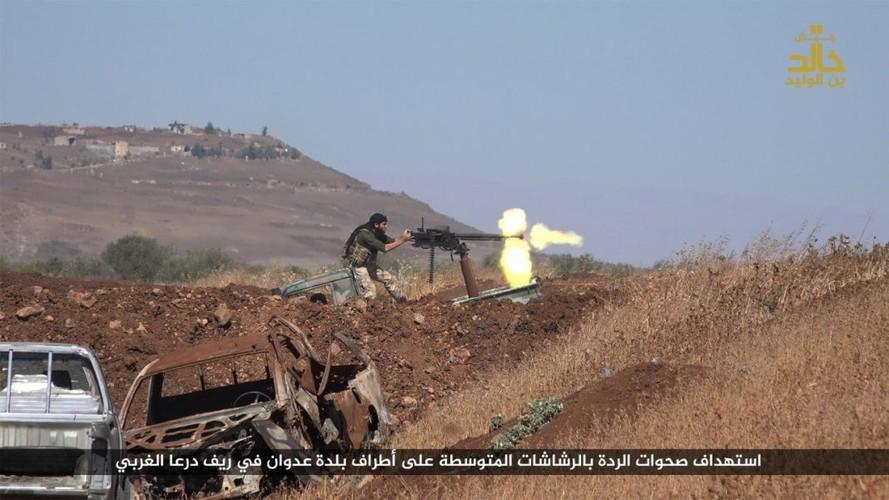 Anh: Phien quan IS danh nhau voi FSA o Cao nguyen Golan-Hinh-8