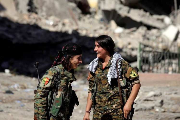 Anh: SDF sap giai phong hoan toan thanh pho Raqqa-Hinh-2