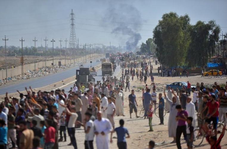 Toan canh quan doi Iraq danh chiem Kirkuk tu tay nguoi Kurd-Hinh-2