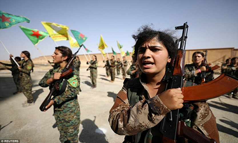 "Anh: Nhung ""bong hong"" gop phan danh duoi IS khoi Raqqa"