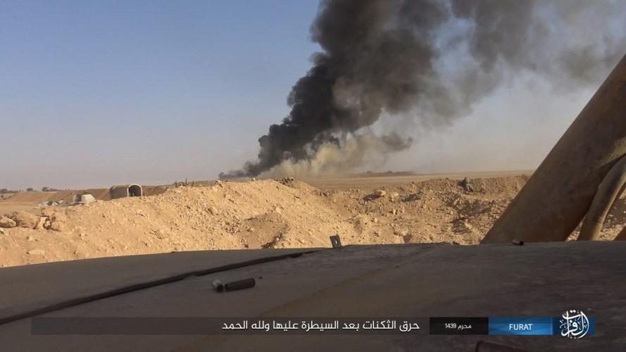 Anh: IS phan cong du doi quan Syria o Nam Deir Ezzor-Hinh-10