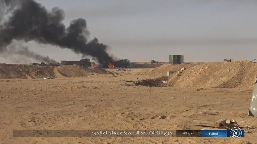 Anh: IS phan cong du doi quan Syria o Nam Deir Ezzor-Hinh-13
