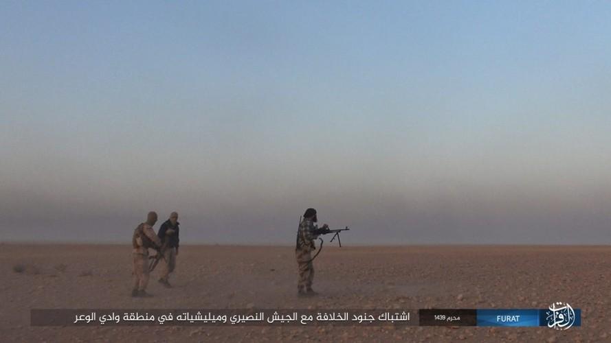 Anh: IS phan cong du doi quan Syria o Nam Deir Ezzor-Hinh-3