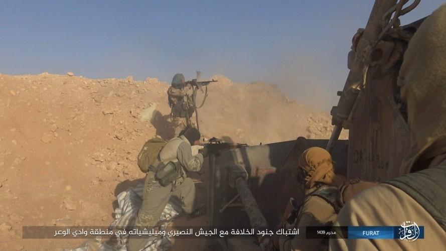 Anh: IS phan cong du doi quan Syria o Nam Deir Ezzor-Hinh-7