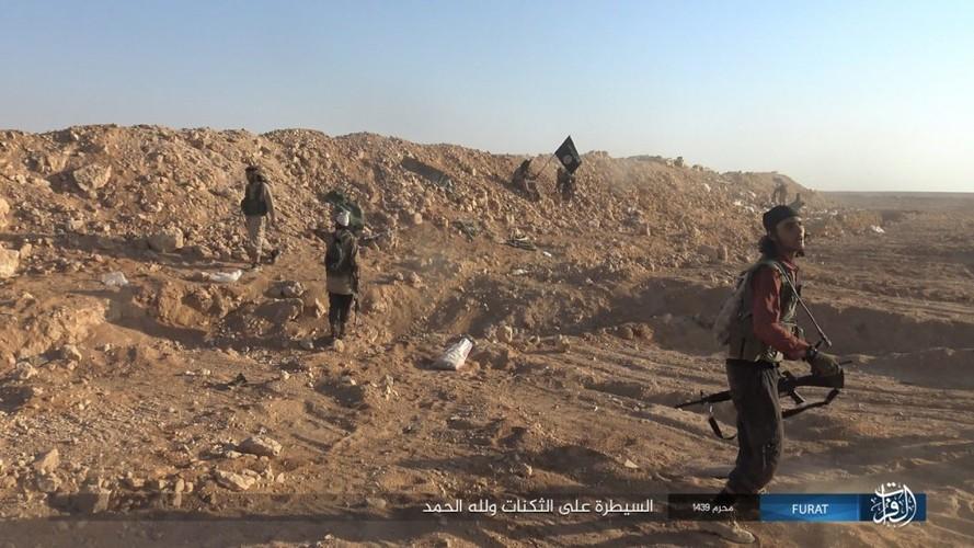 Anh: IS phan cong du doi quan Syria o Nam Deir Ezzor-Hinh-8