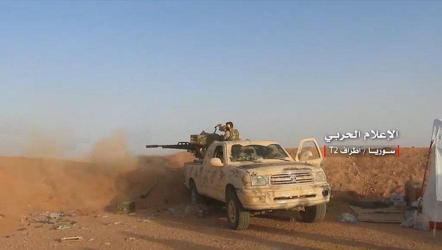 Anh: Tan cong du doi, Quan doi Syria quyet danh chiem tram T-2-Hinh-8