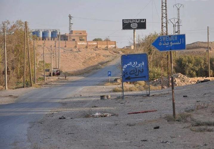 Dot nhap loat khu vuc moi giai phong o Raqqa-Deir Ezzor