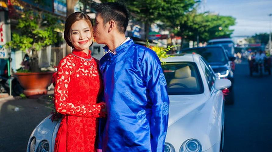 7 nhan sac Viet duoc don dau bang sieu xe tien ty-Hinh-10
