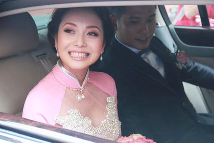 7 nhan sac Viet duoc don dau bang sieu xe tien ty-Hinh-7