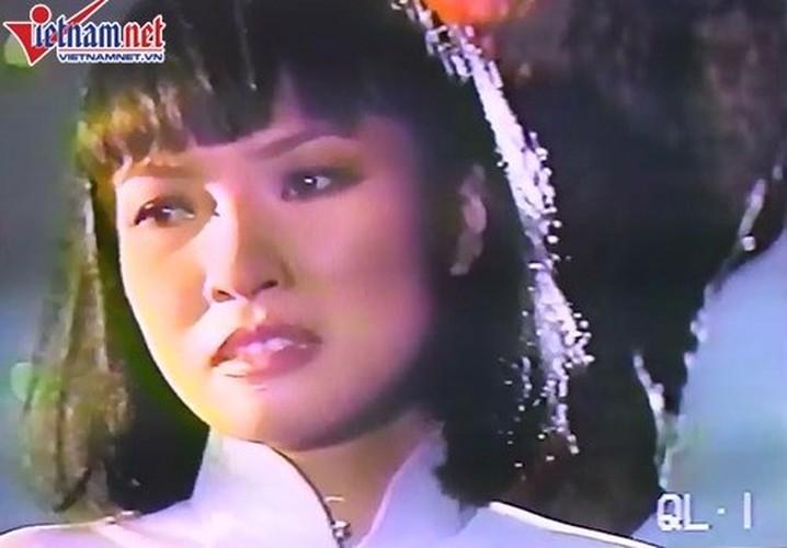Bat ngo thu vi ve ca si Phuong Thao Xe dap oi-Hinh-12