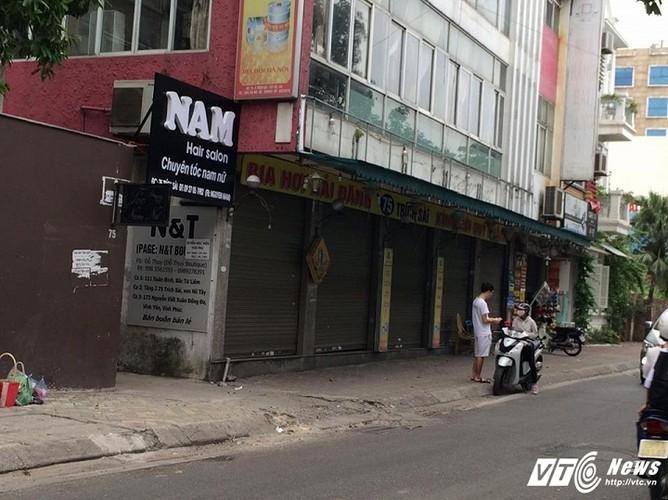 Ca chet o Ho Tay Nha hang dong cua, dan tim cach so tan-Hinh-2