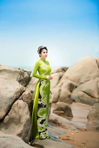 Thao Trang dep hon du vuong no nan sau ly hon-Hinh-15
