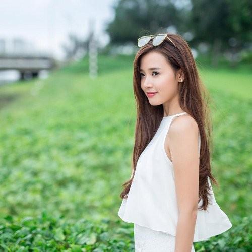 Midu song ra sao sau mot nam chia tay Phan Thanh?-Hinh-2