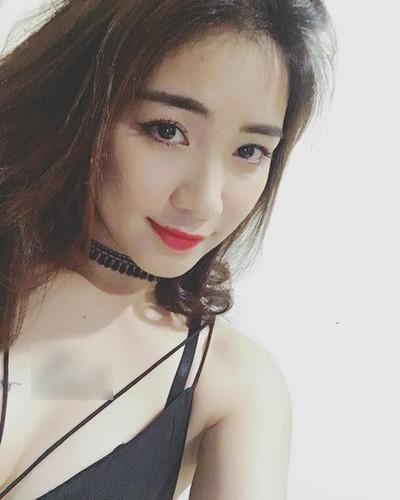 Hau chia tay, Hoa Minzy co xoa hinh xam ten Cong Phuong?-Hinh-2
