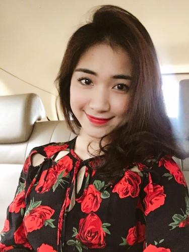Hau chia tay, Hoa Minzy co xoa hinh xam ten Cong Phuong?-Hinh-5
