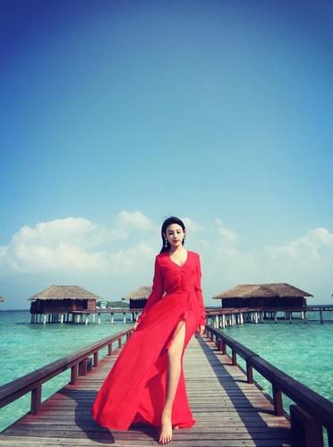 Cuoc song nhu dan choi Dubai cua hot girl Huyen Baby-Hinh-12