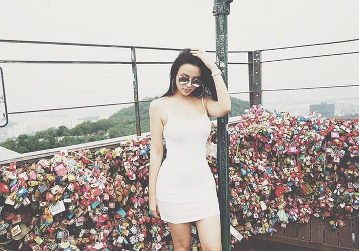 Cuoc song nhu dan choi Dubai cua hot girl Huyen Baby-Hinh-4