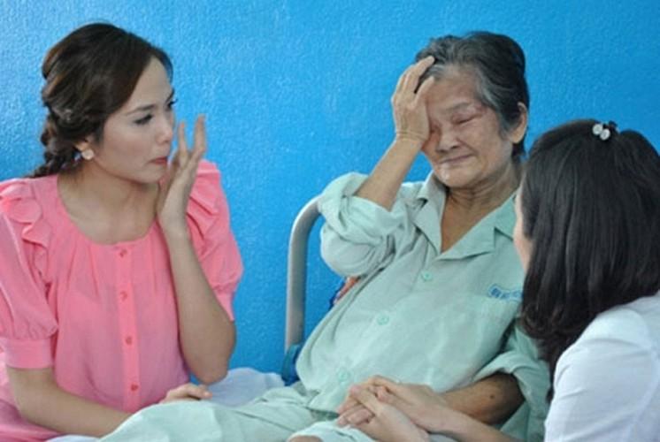 Loat anh tran quy nhat khi sao Viet di tu thien-Hinh-15