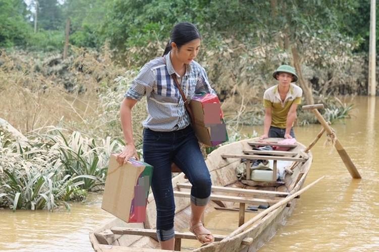Loat anh tran quy nhat khi sao Viet di tu thien-Hinh-3