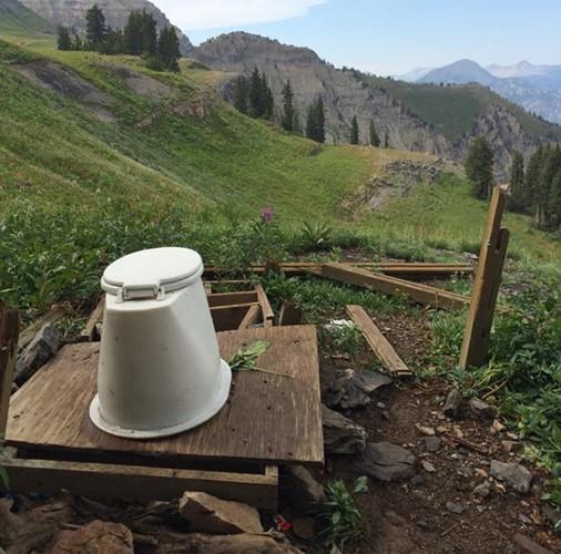 Nhung kieu toilet hiem co kho tin nhat qua dat-Hinh-15