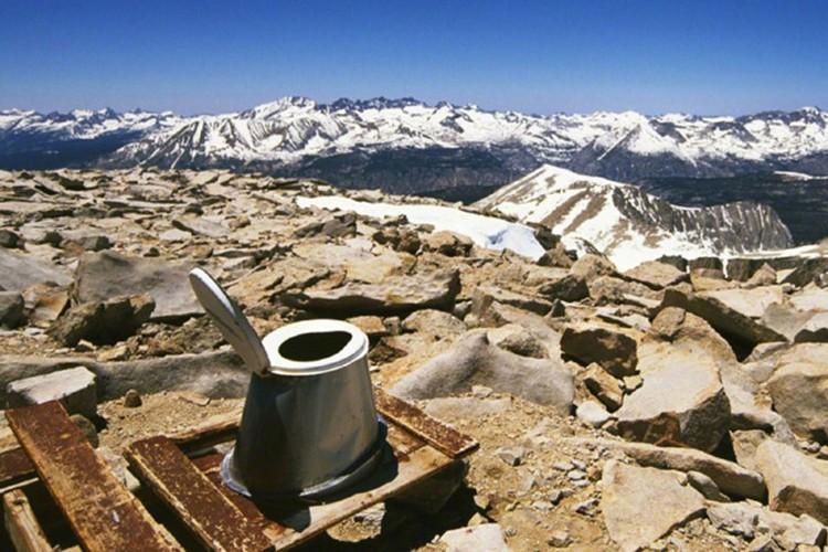 Nhung kieu toilet hiem co kho tin nhat qua dat-Hinh-8