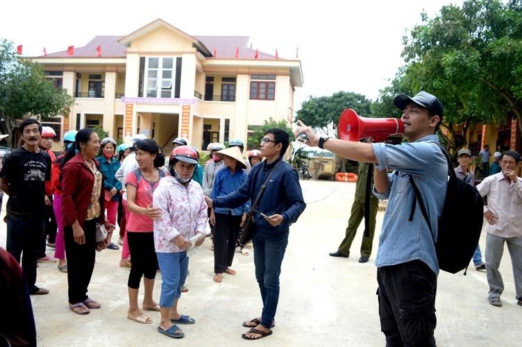 Khoanh khac kho quen cua gioi giai tri Viet nam 2016-Hinh-3