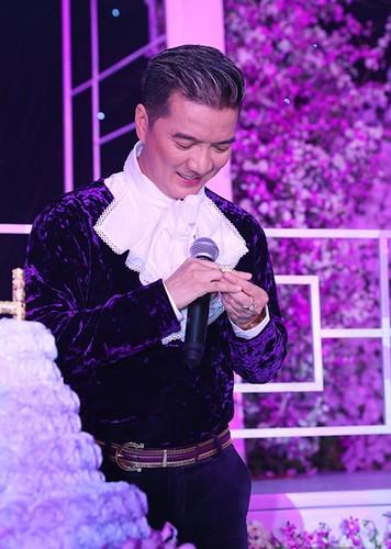 """Te ngua"" truoc qua gia tri fan Viet tang cho than tuong-Hinh-4"