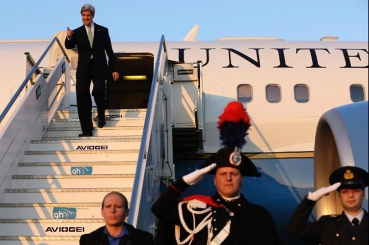 Nhin lai su nghiep cua Ngoai truong My John Kerry-Hinh-16