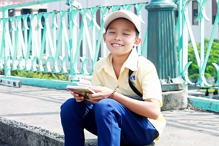 Phi Nhung ganh hang rong, Ho Van Cuong ban ve so trong MV-Hinh-3