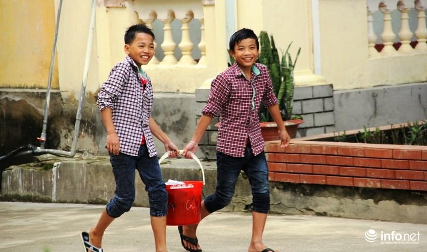 Nghe An: Loi bun tham truong thuong Tet giao vien 30.000 dong-Hinh-5
