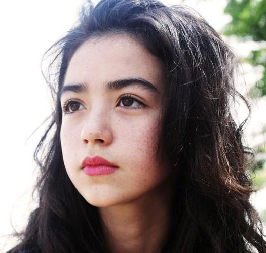 Ngam ve dep cua nhung hot girl Viet lai Tay-Hinh-7