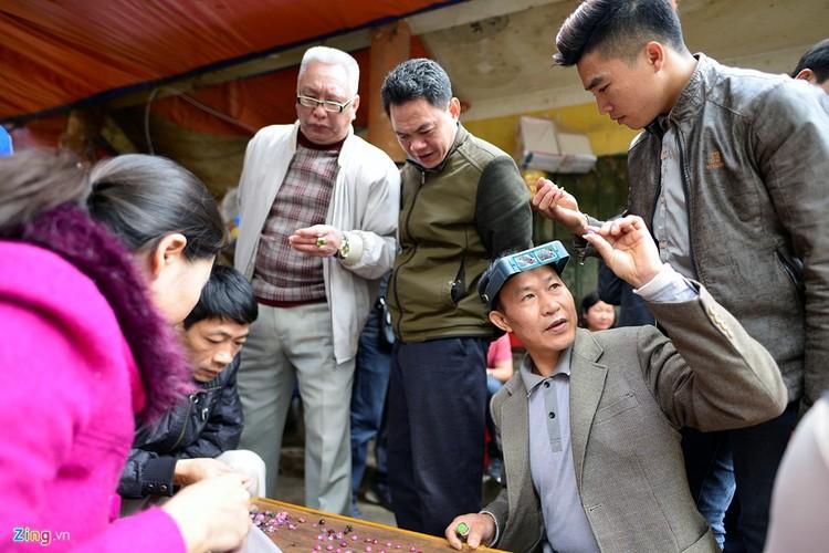 Anh: Da quy bay ban nhu rau dip can Tet-Hinh-9