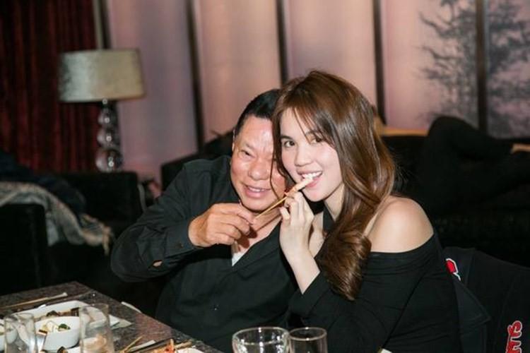 Truoc khi chia tay, Hoang Kieu van lam dieu nay cho Ngoc Trinh-Hinh-6
