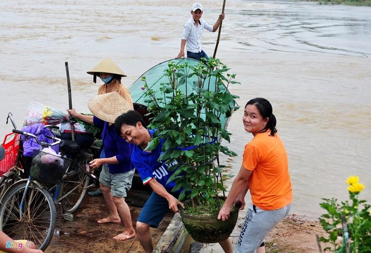 Lu bat thuong giap Tet, dan Quang Ngai khon don-Hinh-8