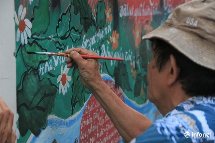 """Chiem nguong """"con hem sinh dong"""" doc dao o TP.Ho Chi Minh-Hinh-7"""
